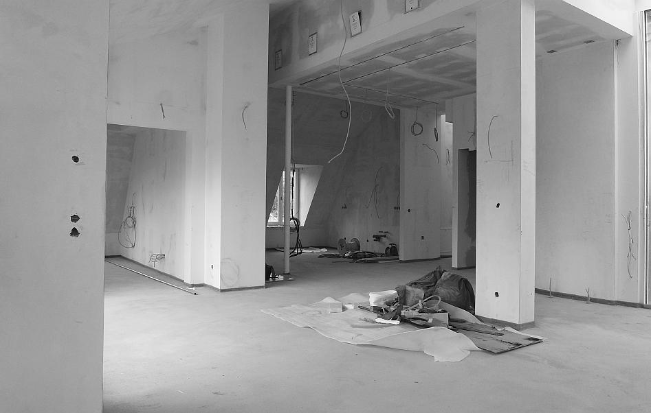 ausbau penthouse frankfurt nordend. Black Bedroom Furniture Sets. Home Design Ideas