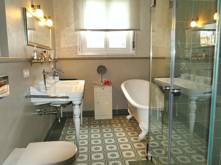 Gesamtansicht Badsanierung. Sanierung und Umbau Bad in Frankfurt