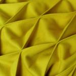 Das gelbe Plaid aus dem Schweiz Tatort 'Schoggiläbe' Detail