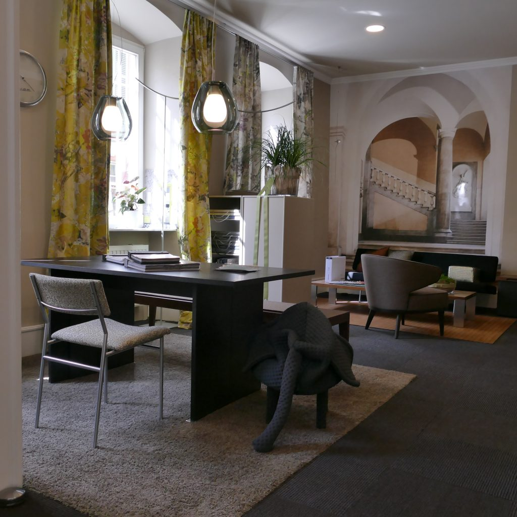 unsere d pendence in landau i d pfalz interior coach. Black Bedroom Furniture Sets. Home Design Ideas